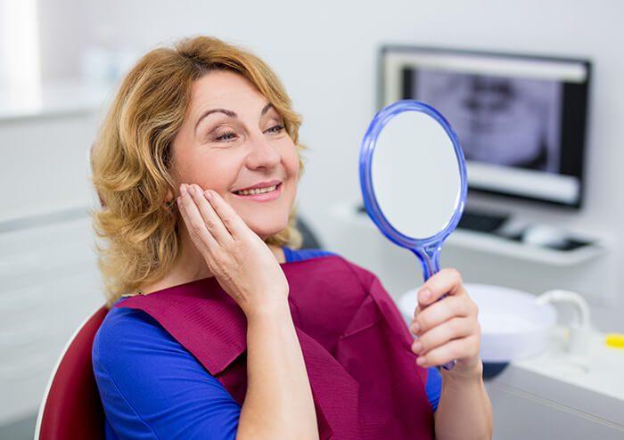 Best-Holistic-Dentistry-Woman